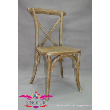 Cadeira de madeira cruzada de madeira maciça
