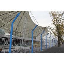 Сваренный забор провода в покрынном PVC