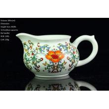 Famille Rose Blue & White Porcelana, Big Red Flower Pitcher, 200cc / lanzador