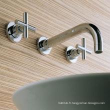 Robinet d'eau de mélangeur de cuvette en laiton et robinets mélangeurs de lavabo à 2 trous