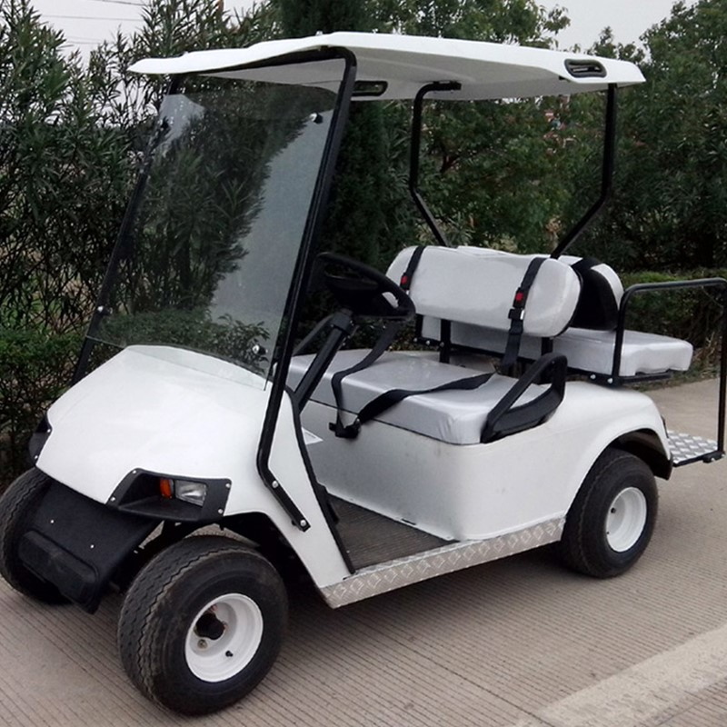 Carrello da golf Club Car a 4 posti con schienale e luci