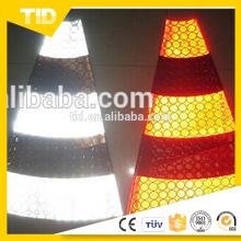 Cuello reflectante de cono de PVC