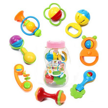 Feeder Botle Emballage 8 PCS Plastique Enfants Jouet Set Bébé Hochet (10214092)