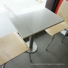 populares mesas e cadeiras de cantina de superfície sólida