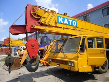 Used Kato NK400E Truck Crane in Good Condition