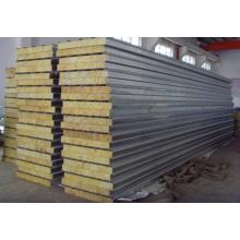 Construcción específica de paneles sándwich de metal