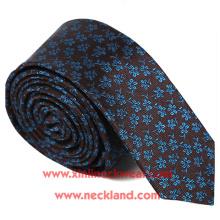 Fabrication artisanale de cravate maigre florale tissée par Jacquard de soie faite main