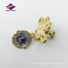 Gold metal international lions Chinese knot badge