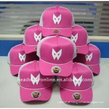 Chapéus do camionista da forma com logotipo do bordado