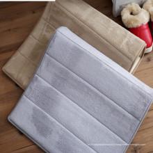 tapis de chien fait sur commande de porte de plancher de mousse de mémoire