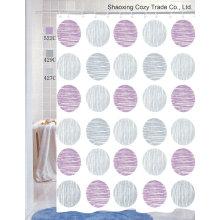 Cortina de ducha de tela multicolor de los círculos
