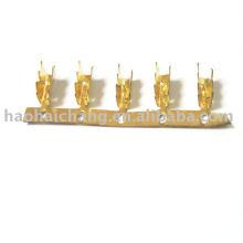 Sellado de clips automáticos de latón y terminales de conexión