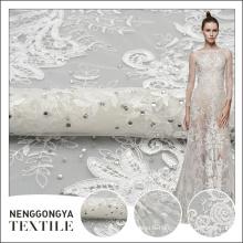 Vente chaude en gros mode perles de mariage motifs de broderie avec des pierres