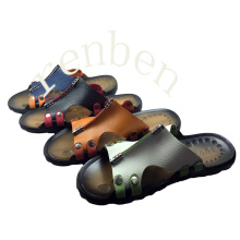 New Fashion Men′s Slipper Shoes