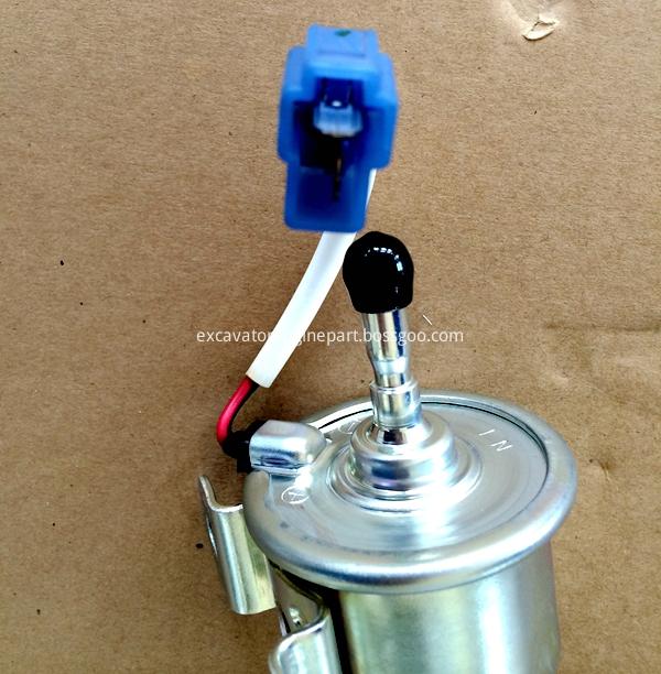 Aftermarket kubota fuel pump 16851-52030 for Z482 D722 V2203