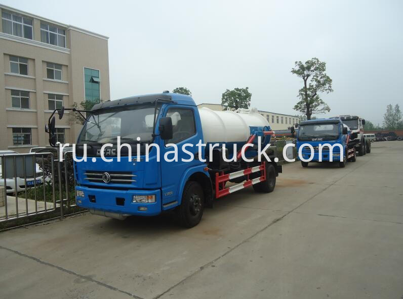 DFAC 5000 liters waste water suction tank truck