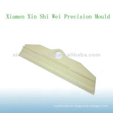proveedor de piezas de inyección de plástico