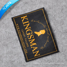 Étiquettes tissées par polyester à haute densité pour le vêtement