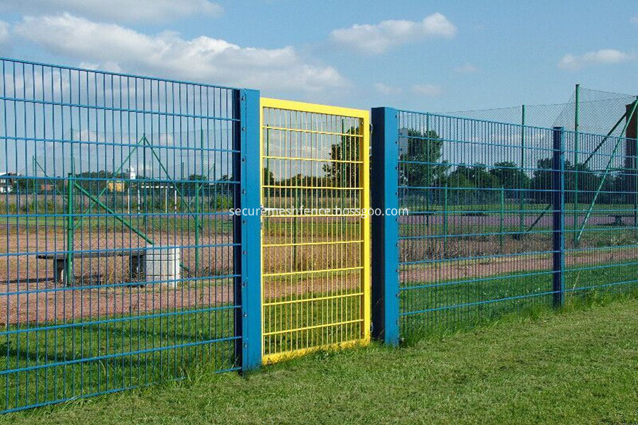 wire mesh fence single gate