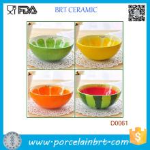 Tigela de arroz tigela de frutas pintadas à mão e frutas bonito