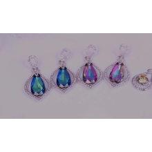 50983 Bracelet jonc frais plaqué or 18k avec plusieurs pierres en forme de fleur