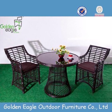 General Use Dining Set Wicker Table and Chairs