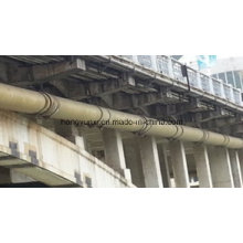 Tubo de fibra de vidro em todo o rio ou mar