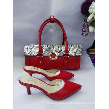Sandalias de tacón alto rojo puntiagudo y bolsos combinados (G-35)