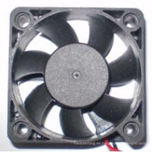 Ventilador de enfriamiento de bajo ruido DC 24V de entrada