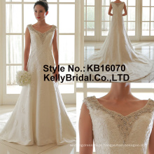 O enfeite mais novo com aplicação de 2017 com vestidos de casamento com contas em linha