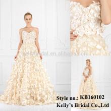 off-shoulder bodice appliquend flower tule wedding dress
