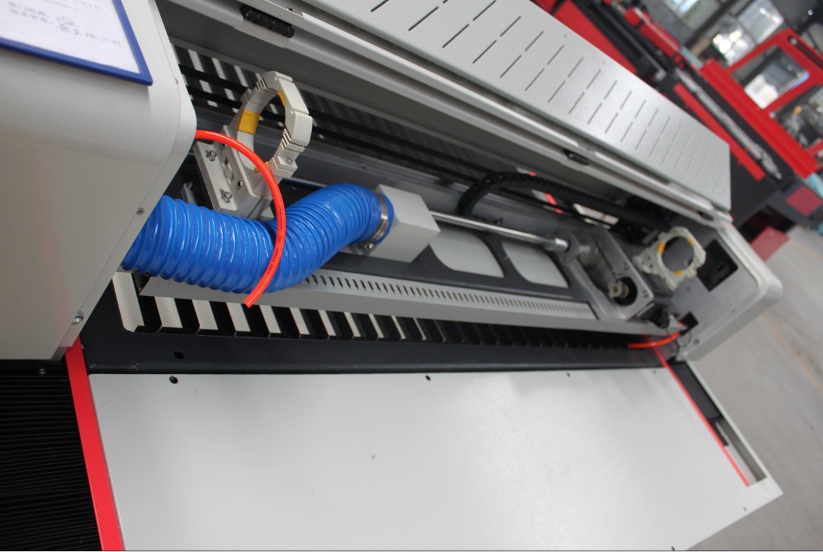 metal sheet laser cutter
