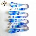 El logotipo personalizado imprimió la cinta de satén elástico para la etiqueta de la ropa como rollo