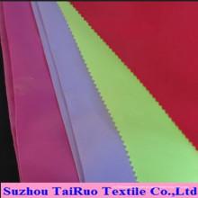 O mais barato tafetá de poliéster 170t para vestuário Linging tecido