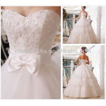 Vestidos de casamento com vestido de bola 2014 baratos Querida, pérolas de assoalho de pérolas, Sequins, Casaco de noiva, Tulle, Vestido de noiva NB068
