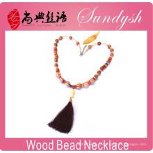 Magnifique bijoux en bois à la main Bouddha pompon en bois perlé collier
