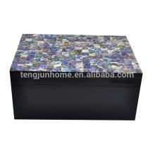 CPA-BPSBM Nouvelle-Zélande Boîte à bijoux en coquillage avec motif peinture noire