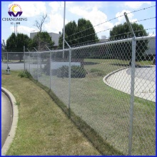 Galvanized Chain Link Fence Dalam Landscaping