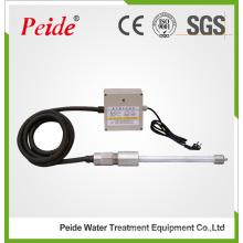 Dispositivo de tratamento de água com barra de iões eletrostática não química