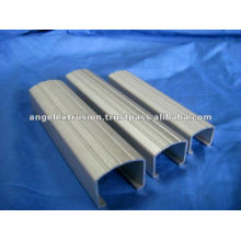 Extrusão de alumínio para perfil de escada
