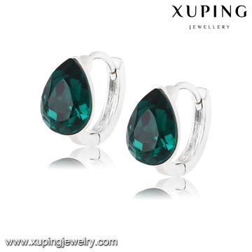 92608 Moda Último Encanto Cystals de Swarovski Jewelry Tear Pendiente Huggie