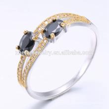 Anneaux noirs de bijoux de mode de l'or 18k dans l'anneau de bijoux en argent avec l'électrodéposition d'or blanc