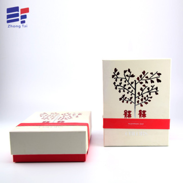 Europe style for for Clothing Paper Gift Box Clothes paper contain packaging with foam insert export to Netherlands Importers