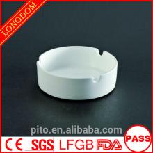 Cendrier blanc porcelaine en céramique P & T