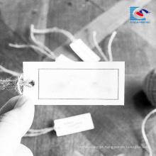 China Etiqueta branca luxuosa do cair de papel de arte do logotipo feito sob encomenda mais barato