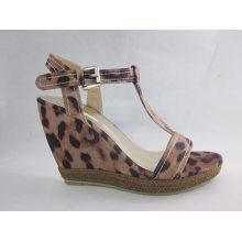 Новый дизайн дамы сандалии Чанка (HCY03-057)