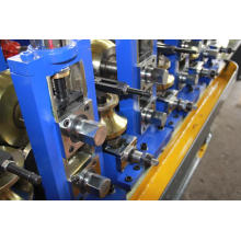 Roll forming machine to form carbon steel profiles/welded square tubes