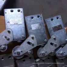Safety lock for suspended platform godola ZLP630