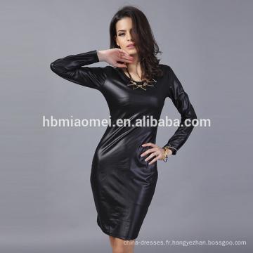 OEM New style mode à manches longues O-cou élégante robe décontractée en cuir pour les femmes