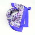 Mouchoir en polyester coloré de haute qualité à vendre